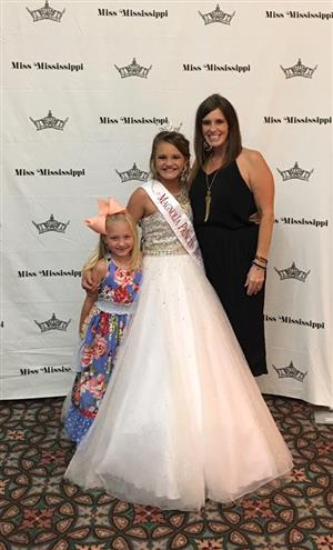 We spent a week at the Miss Mississippi pageant this summer!